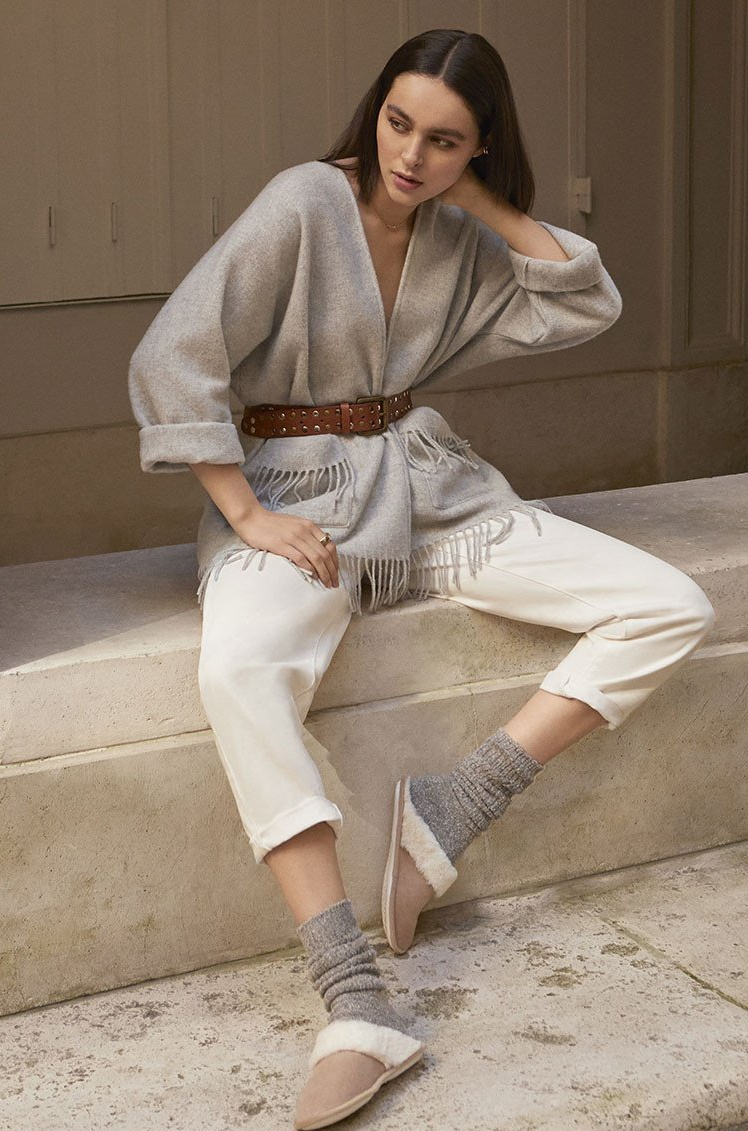 Short Pure Wool Poncho in Several Colours with Fringed Hem...